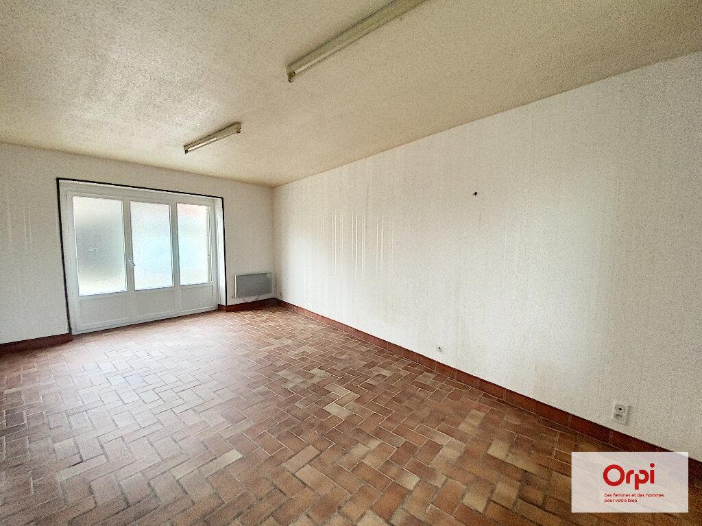 Location Appartement 2 pièces à Domérat - vignette-1