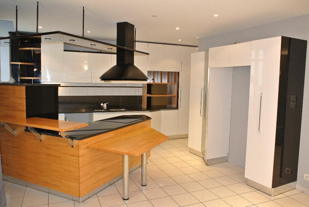 Location Maison 3 pièces à Néris-les-Bains - vignette-1