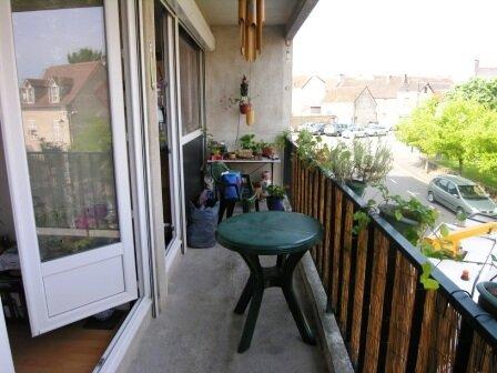 Location Appartement 4 pièces à Évaux-les-Bains - vignette-1