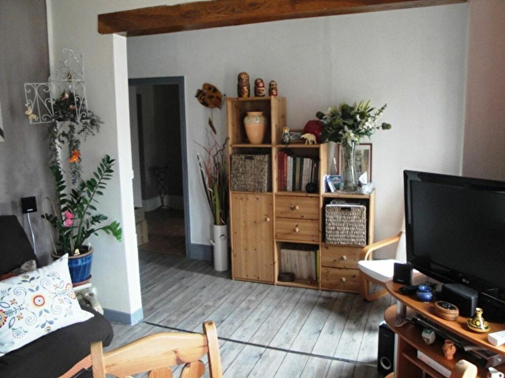 Achat Appartement 3 pièces à Toury - vignette-1