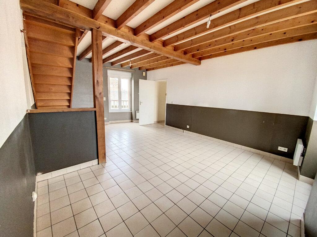 Location Appartement 4 pièces à Toury - vignette-1