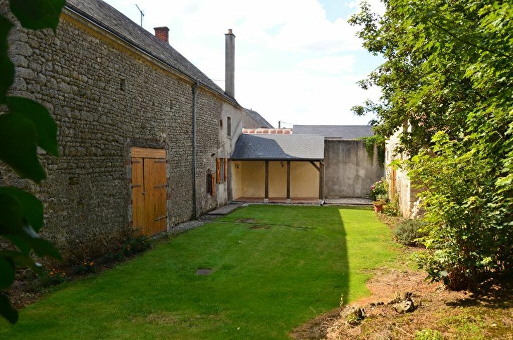 Achat Maison 4 pièces à Guillonville - vignette-1