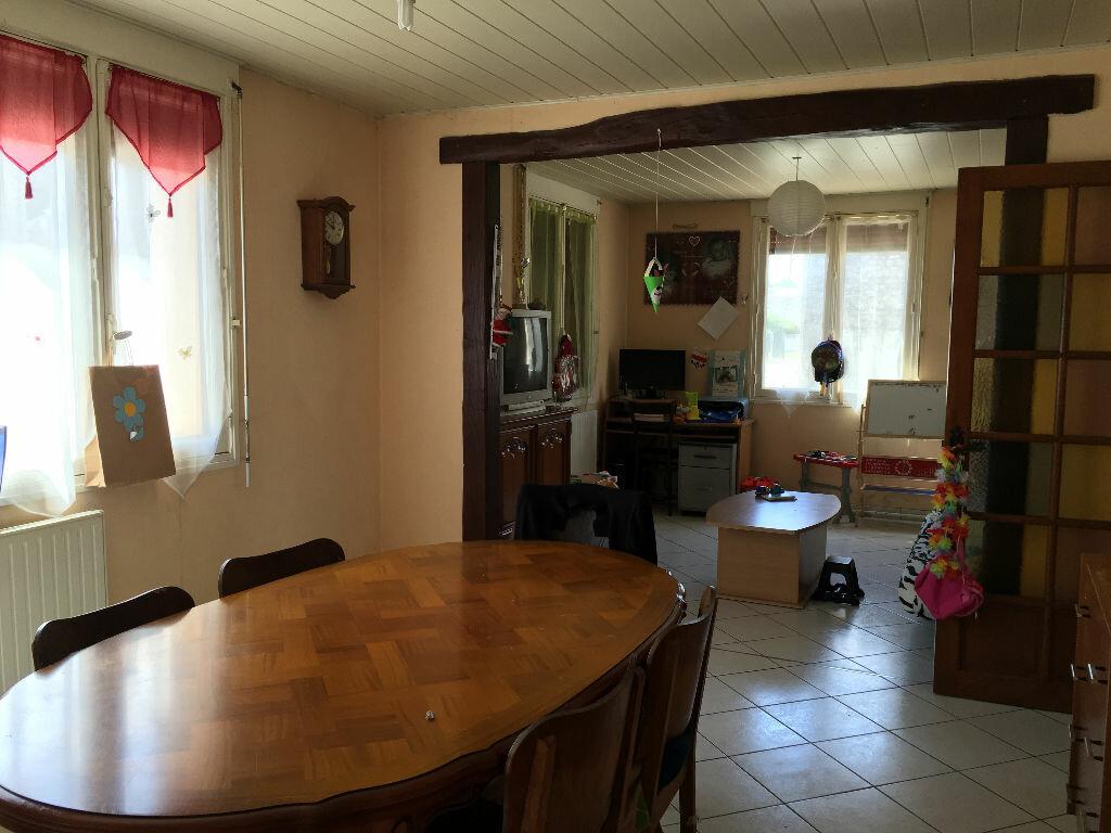 Achat Maison 4 pièces à Bazoches-en-Dunois - vignette-2