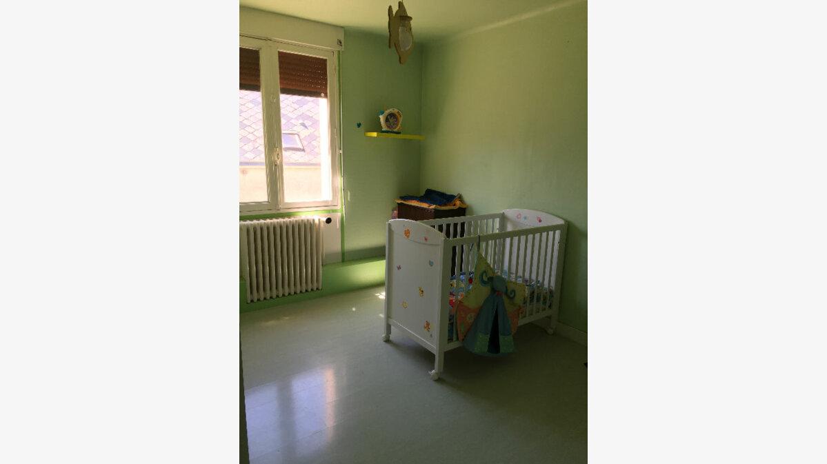 Achat Maison 4 pièces à Bazoches-en-Dunois - vignette-6