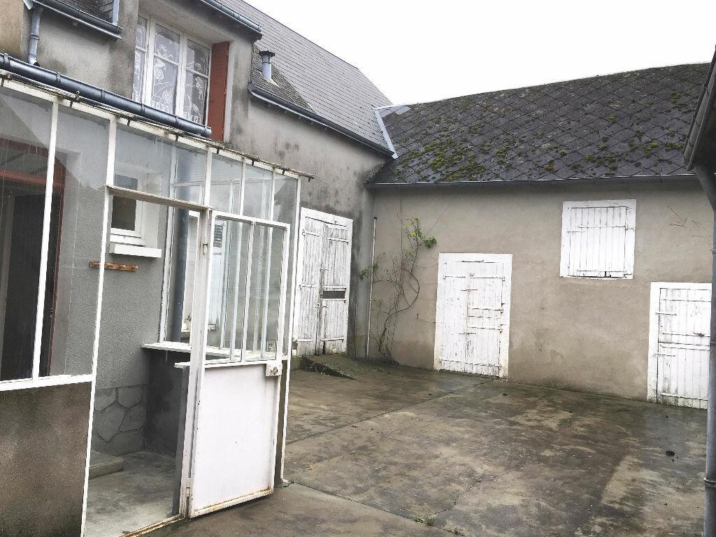 Location Maison 4 pièces à Terminiers - vignette-1