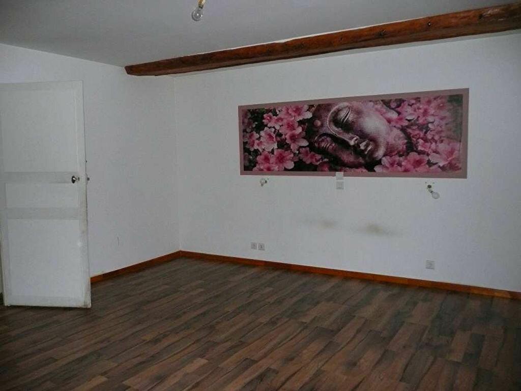 Location Maison 5 pièces à Malesherbes - vignette-1