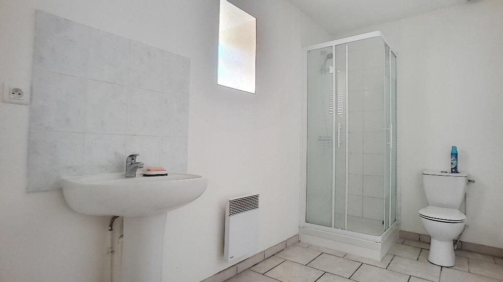 Location Appartement 2 pièces à Coudray - vignette-3