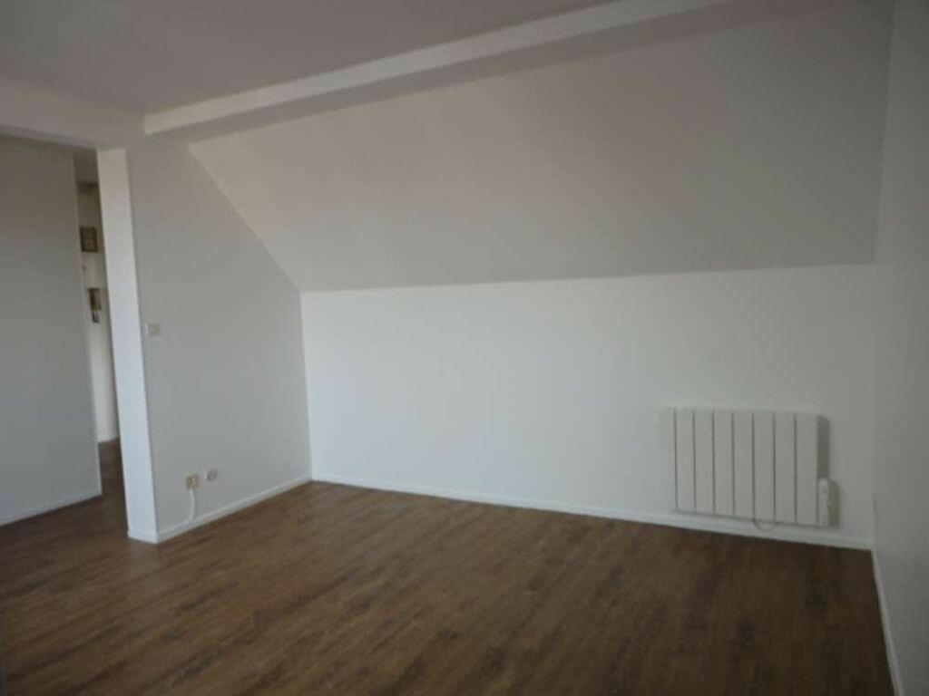 Location Appartement 2 pièces à Malesherbes - vignette-1