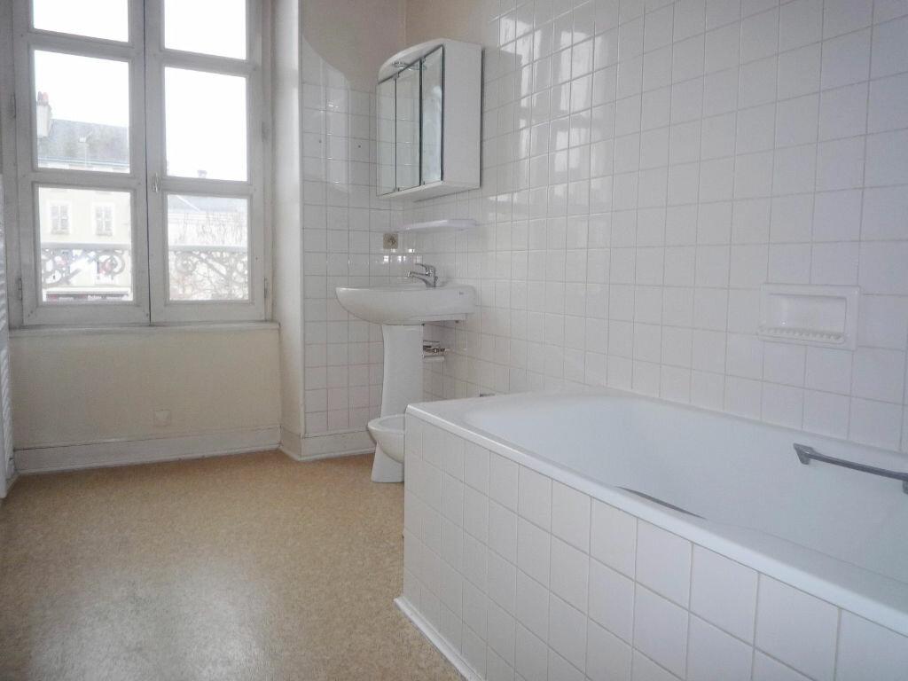 Location Appartement 4 pièces à Pithiviers - vignette-2