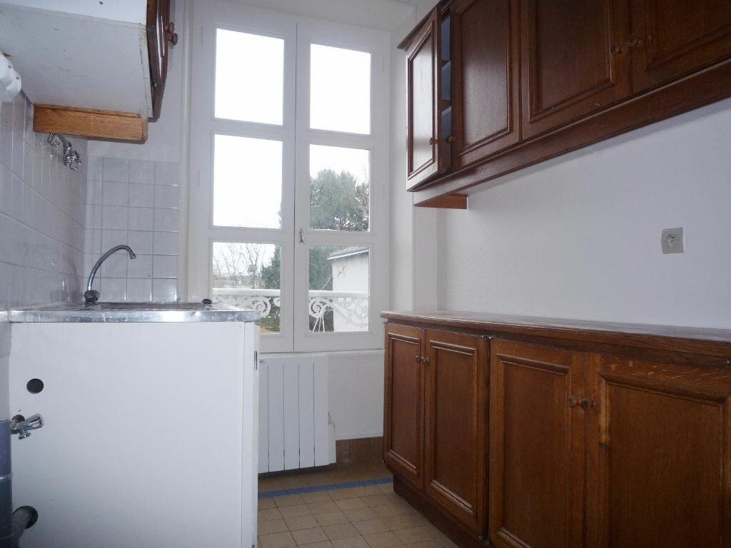 Location Appartement 4 pièces à Pithiviers - vignette-3