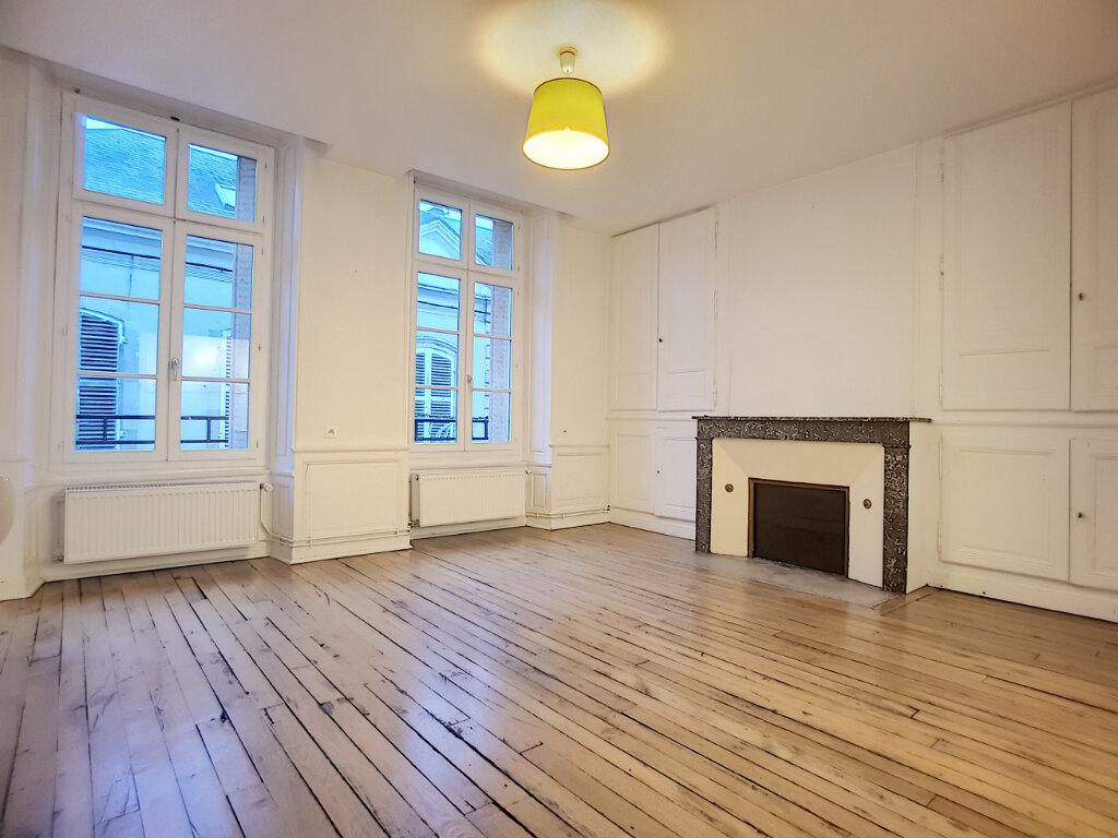 Location Appartement 3 pièces à Pithiviers - vignette-1