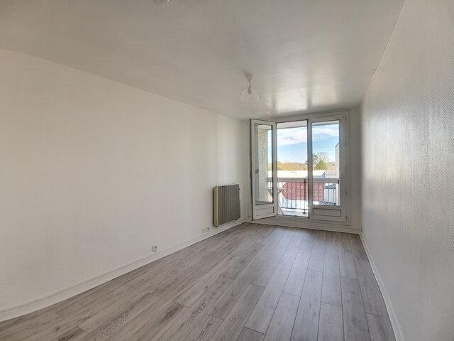 Location Appartement 1 pièce à Montargis - vignette-1