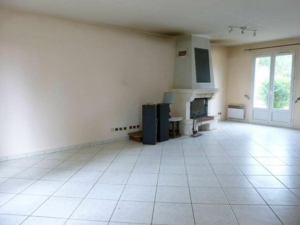 Location Maison 6 pièces à Amilly - vignette-3