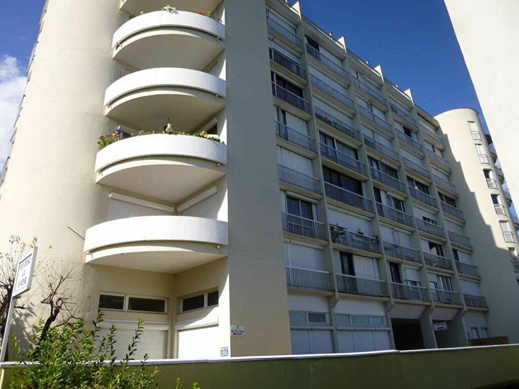 Achat Appartement 4 pièces à Montargis - vignette-1