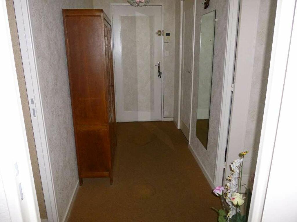 Achat Appartement 4 pièces à Montargis - vignette-4