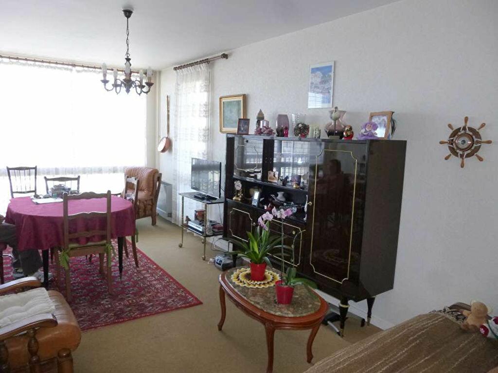 Achat Appartement 4 pièces à Montargis - vignette-5