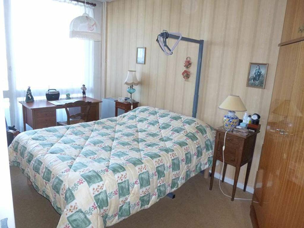 Achat Appartement 4 pièces à Montargis - vignette-10