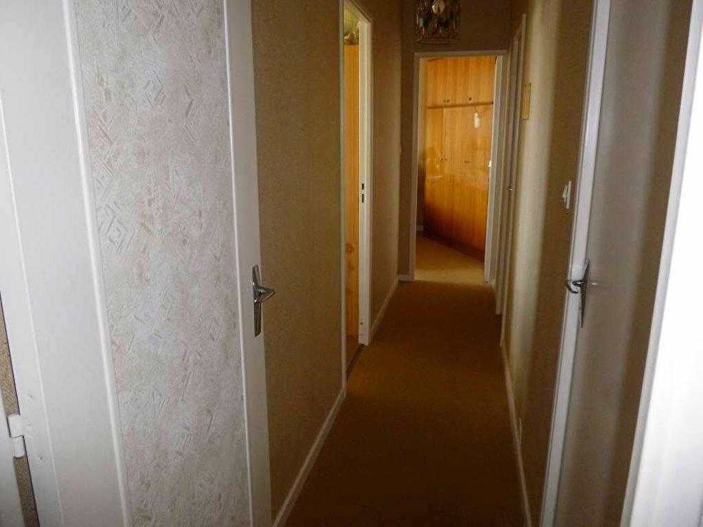 Achat Appartement 4 pièces à Montargis - vignette-12