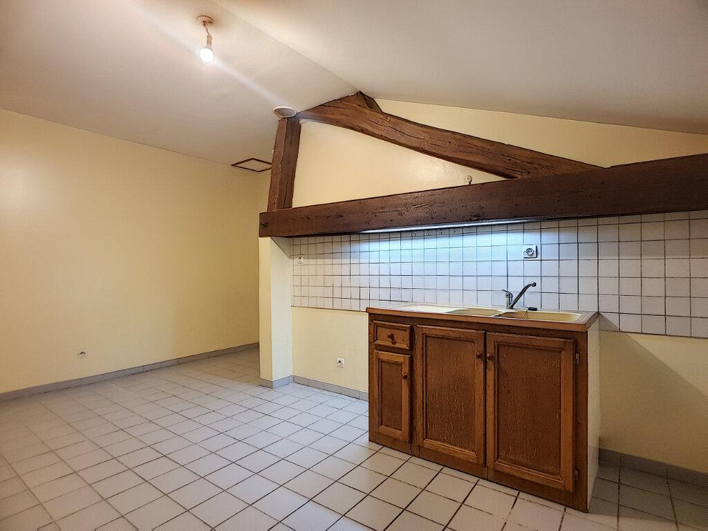 Location Appartement 2 pièces à Pithiviers - vignette-2