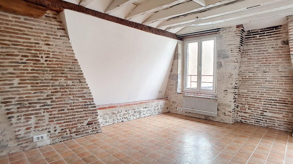 Location Appartement 1 pièce à Pithiviers - vignette-1