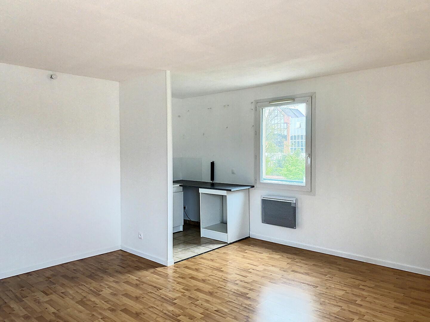 Location Appartement 3 pièces à Montargis - vignette-4