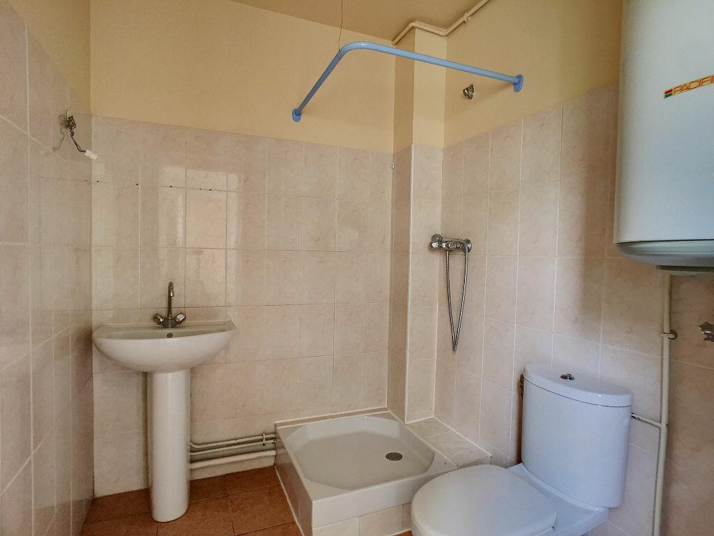 Location Appartement 2 pièces à Montargis - vignette-5