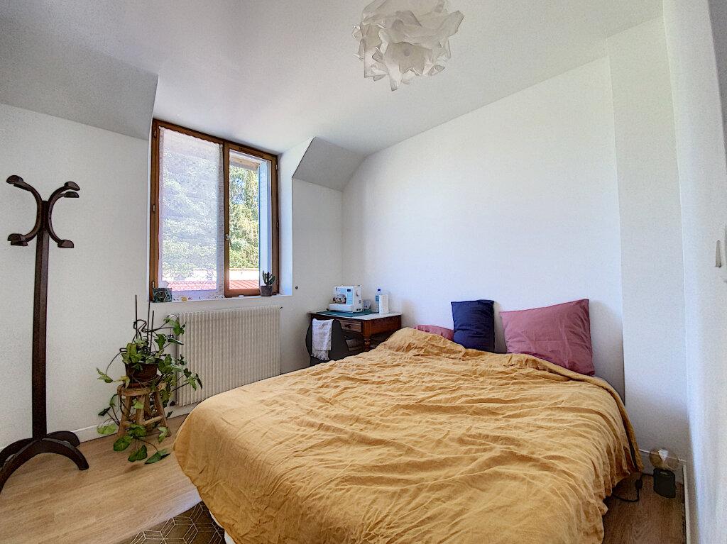 Location Maison 4 pièces à Cepoy - vignette-4