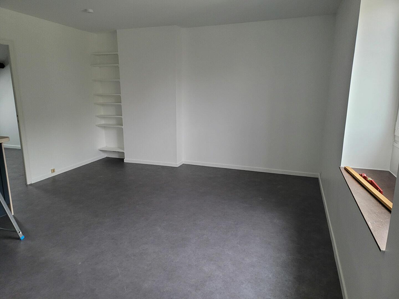 Location Appartement 2 pièces à Montargis - vignette-3
