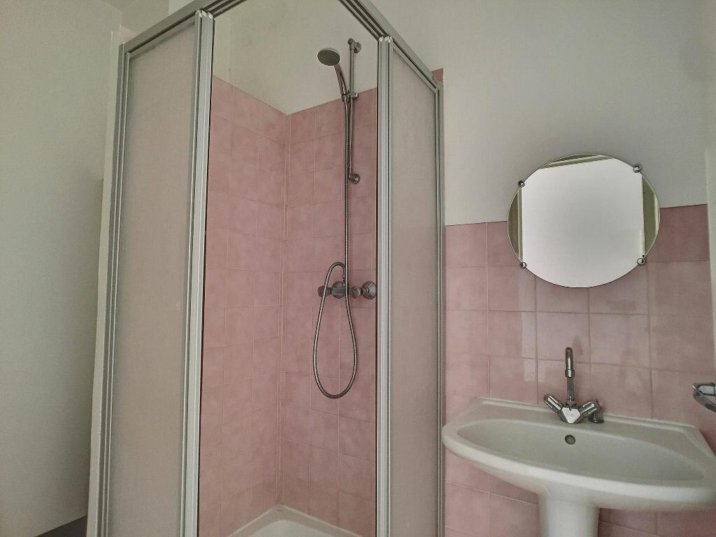 Location Appartement 1 pièce à Montargis - vignette-5