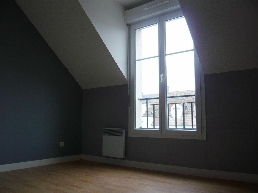 Location Maison 5 pièces à Beaugency - vignette-5