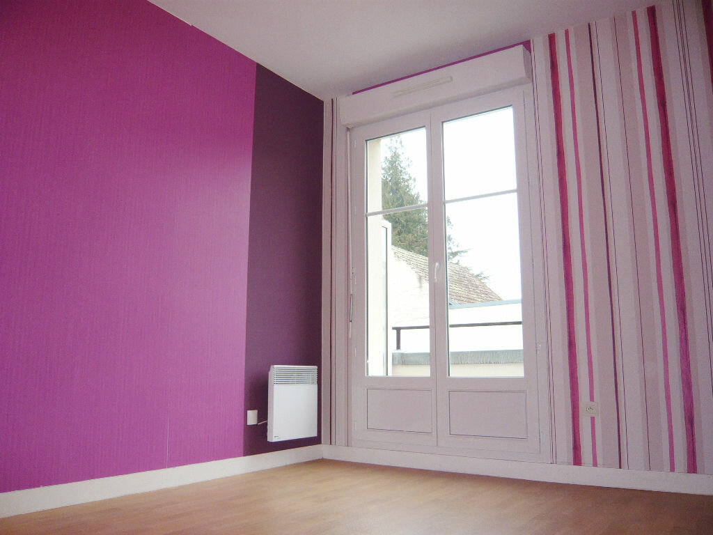 Location Maison 5 pièces à Beaugency - vignette-7