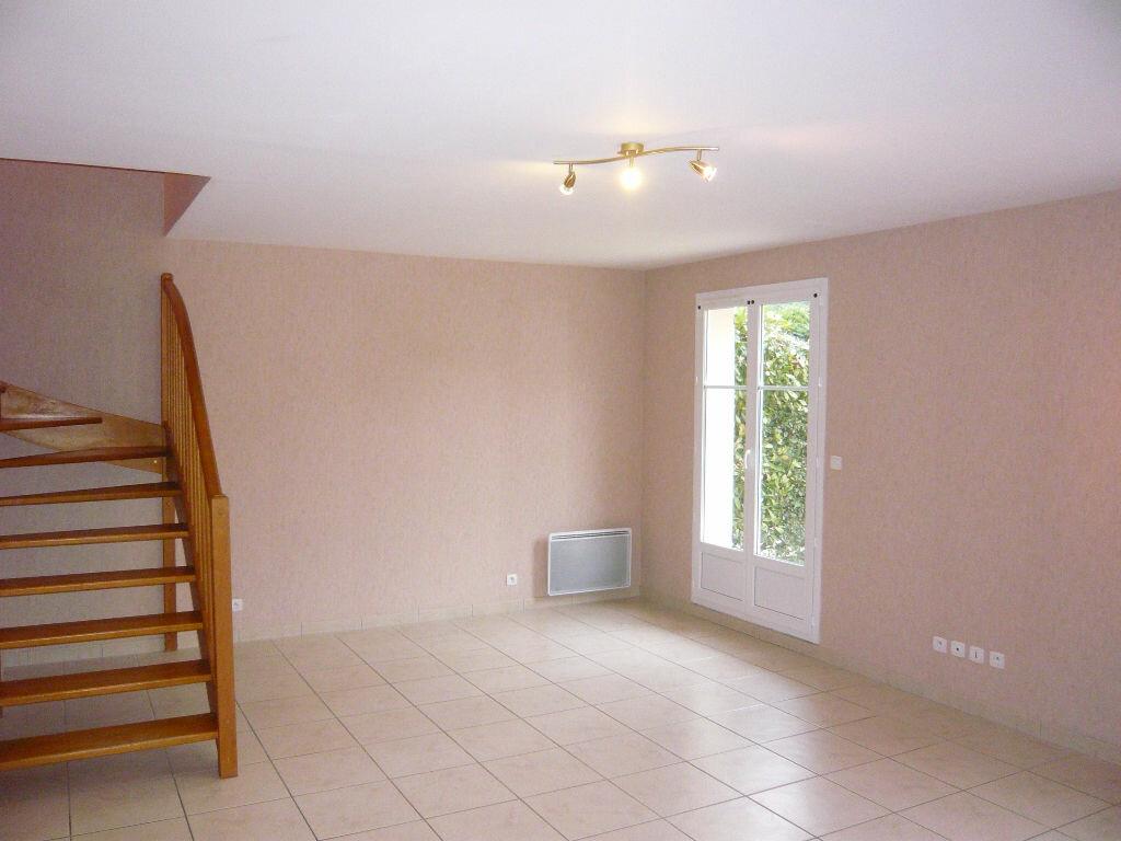 Location Maison 5 pièces à Beaugency - vignette-8