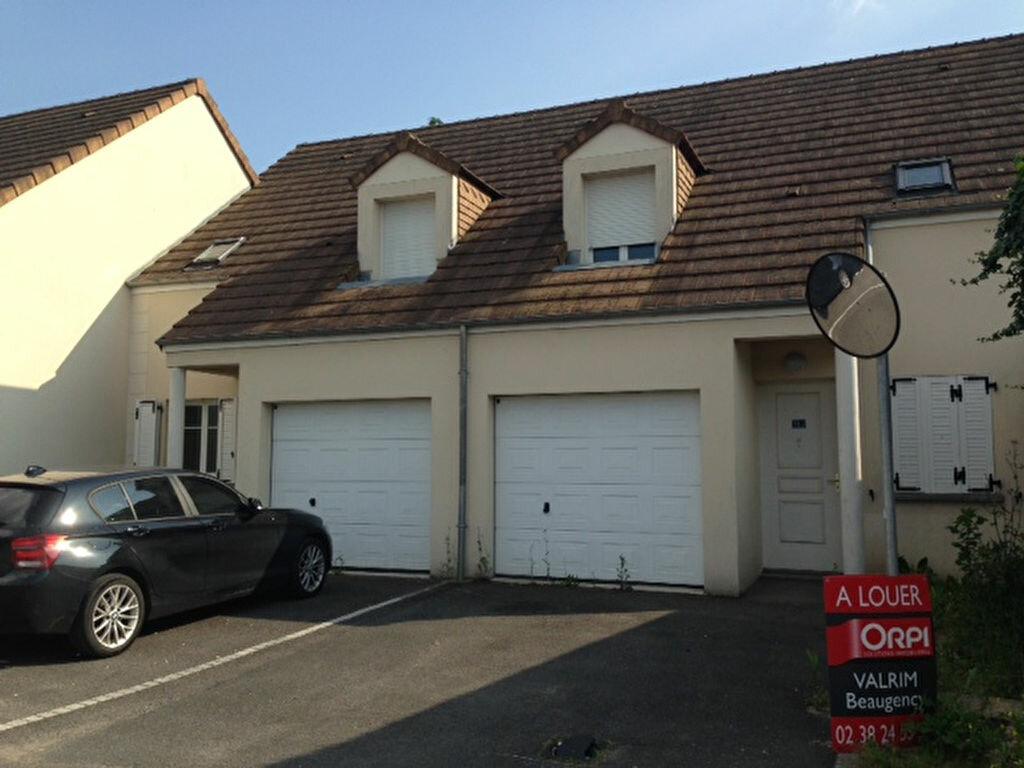Location Maison 4 pièces à Beaugency - vignette-1