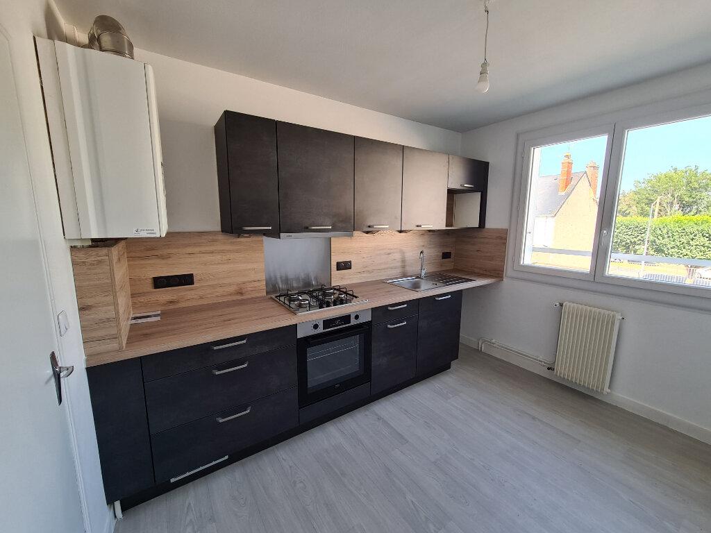 Location Appartement 3 pièces à Beaugency - vignette-2