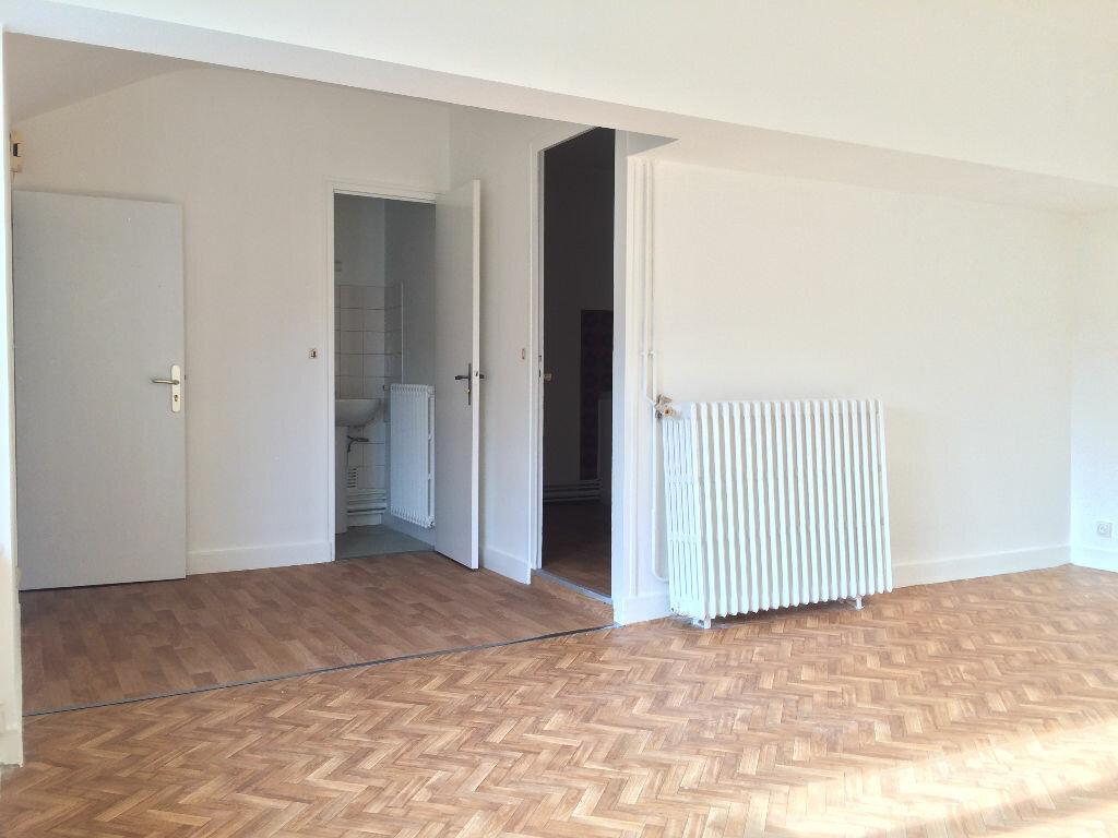 Achat Appartement 3 pièces à Beaugency - vignette-2