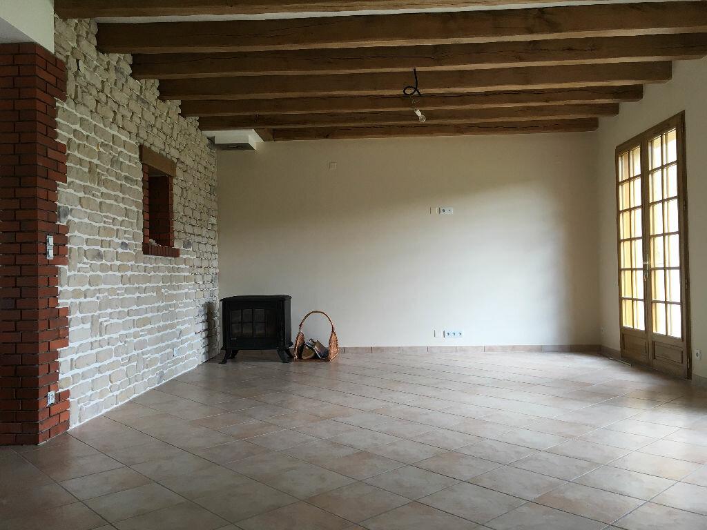 Achat Maison 6 pièces à La Ferté-Saint-Cyr - vignette-2