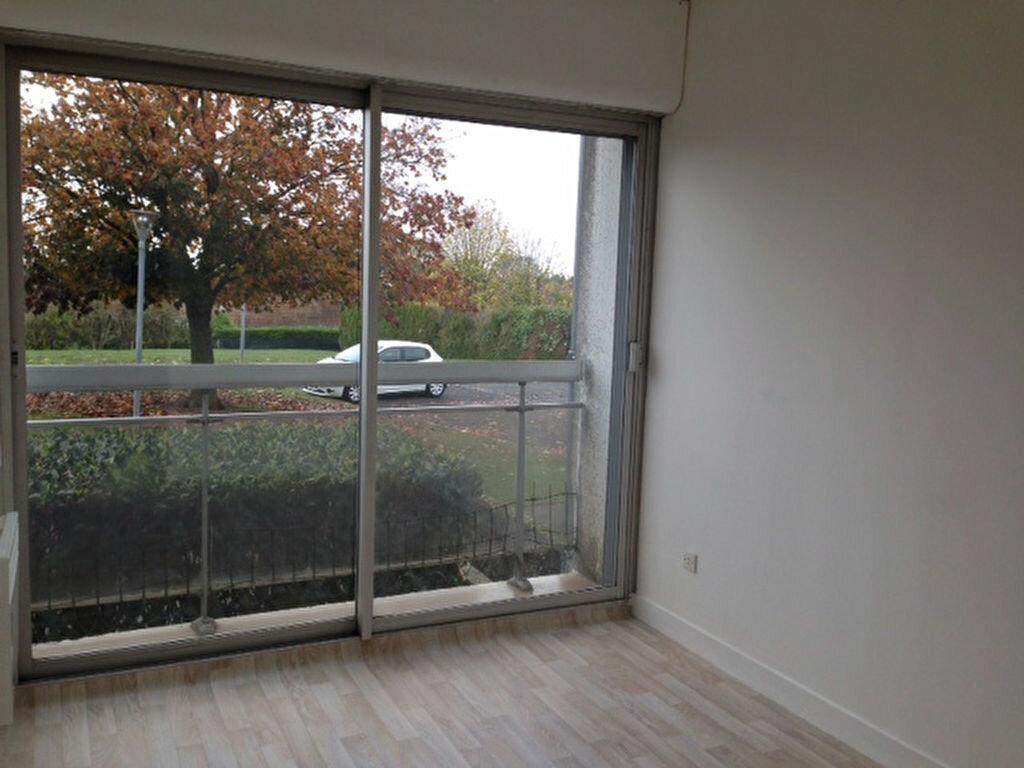 Location Appartement 3 pièces à Beaugency - vignette-4
