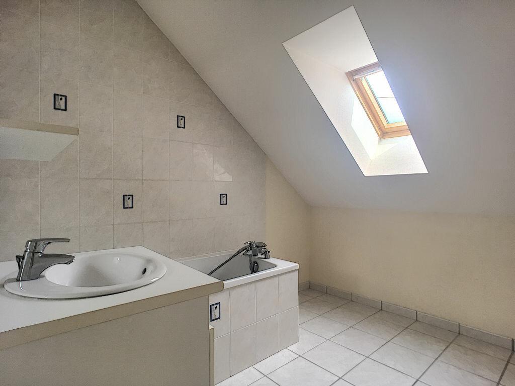 Location Maison 4 pièces à Beaugency - vignette-7