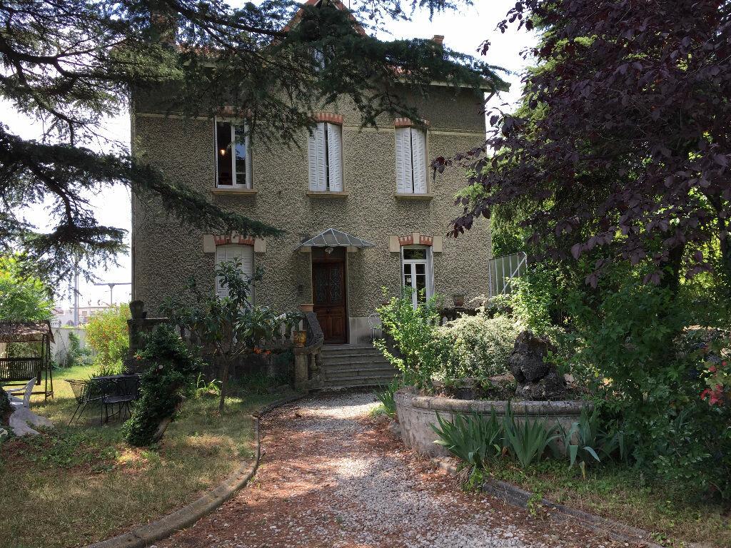 Achat Maison 7 pièces à Romans-sur-Isère - vignette-1