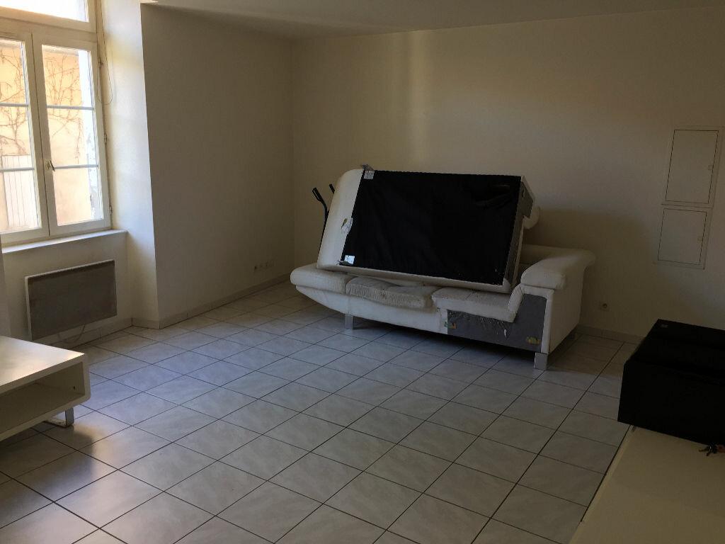 Achat Appartement 3 pièces à Romans-sur-Isère - vignette-4