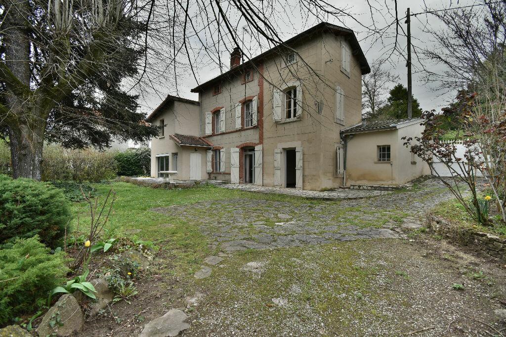 Achat Maison 8 pièces à Romans-sur-Isère - vignette-2