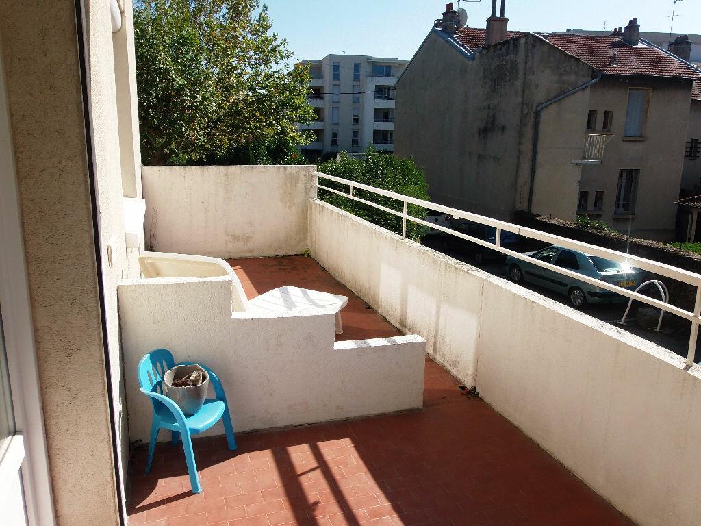 Achat Appartement 3 pièces à Bourg-lès-Valence - vignette-5