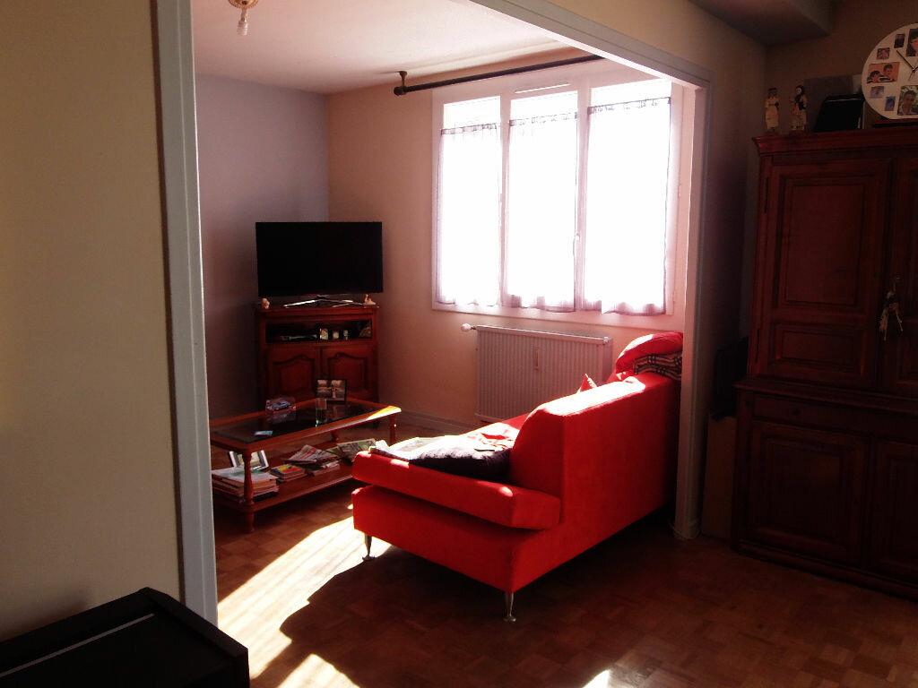 Achat Appartement 3 pièces à Bourg-lès-Valence - vignette-6