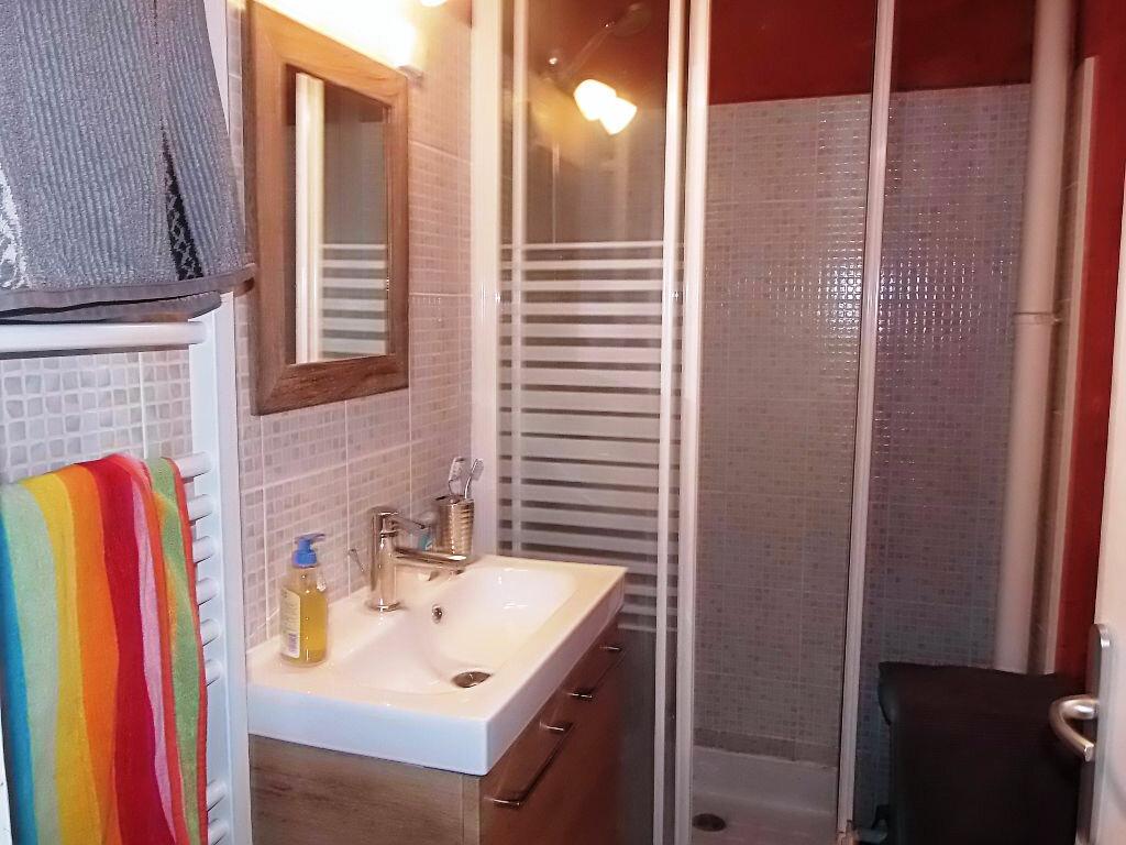 Achat Appartement 4 pièces à Romans-sur-Isère - vignette-3