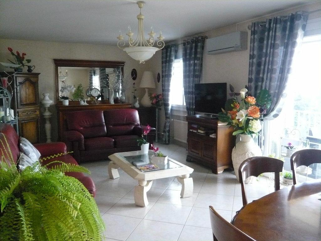 Achat Appartement 3 pièces à Romans-sur-Isère - vignette-2