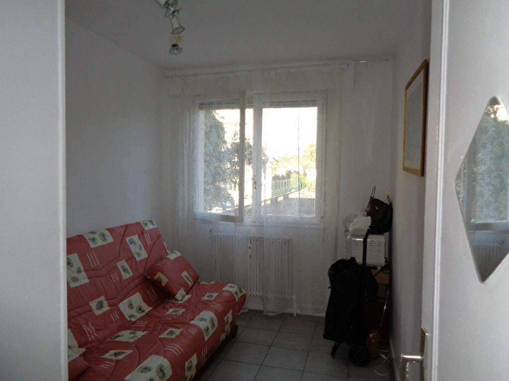 Achat Appartement 4 pièces à Grenoble - vignette-10