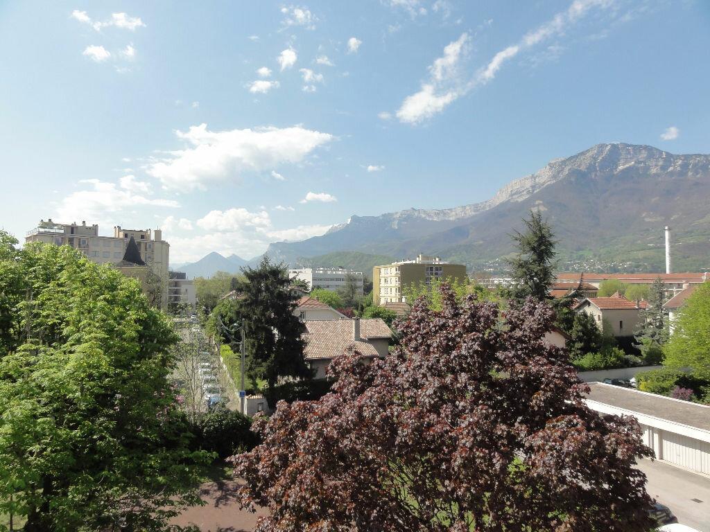 Achat Appartement 3 pièces à Grenoble - vignette-1