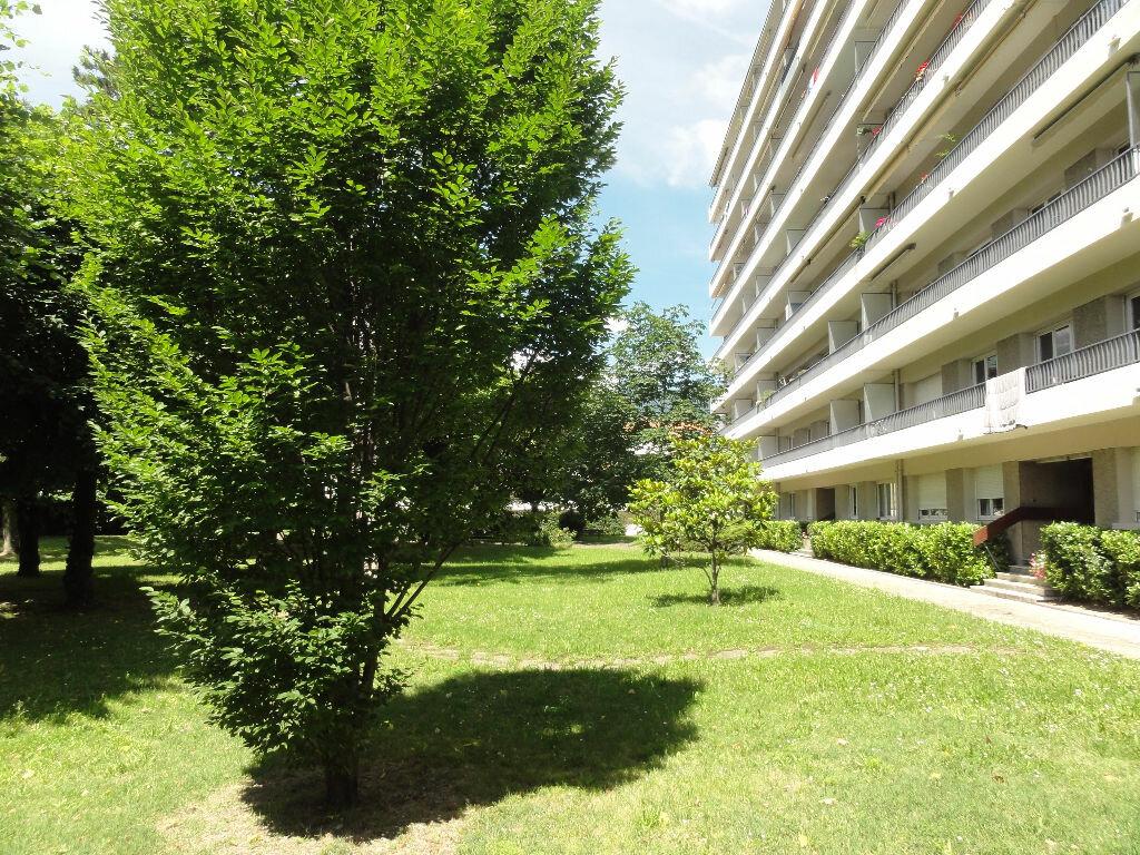 Achat Appartement 3 pièces à Grenoble - vignette-8