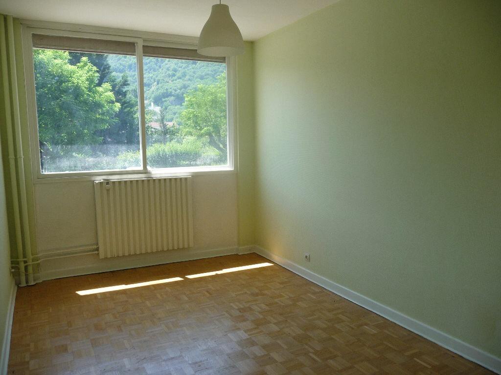 Achat Appartement 3 pièces à Seyssinet-Pariset - vignette-2