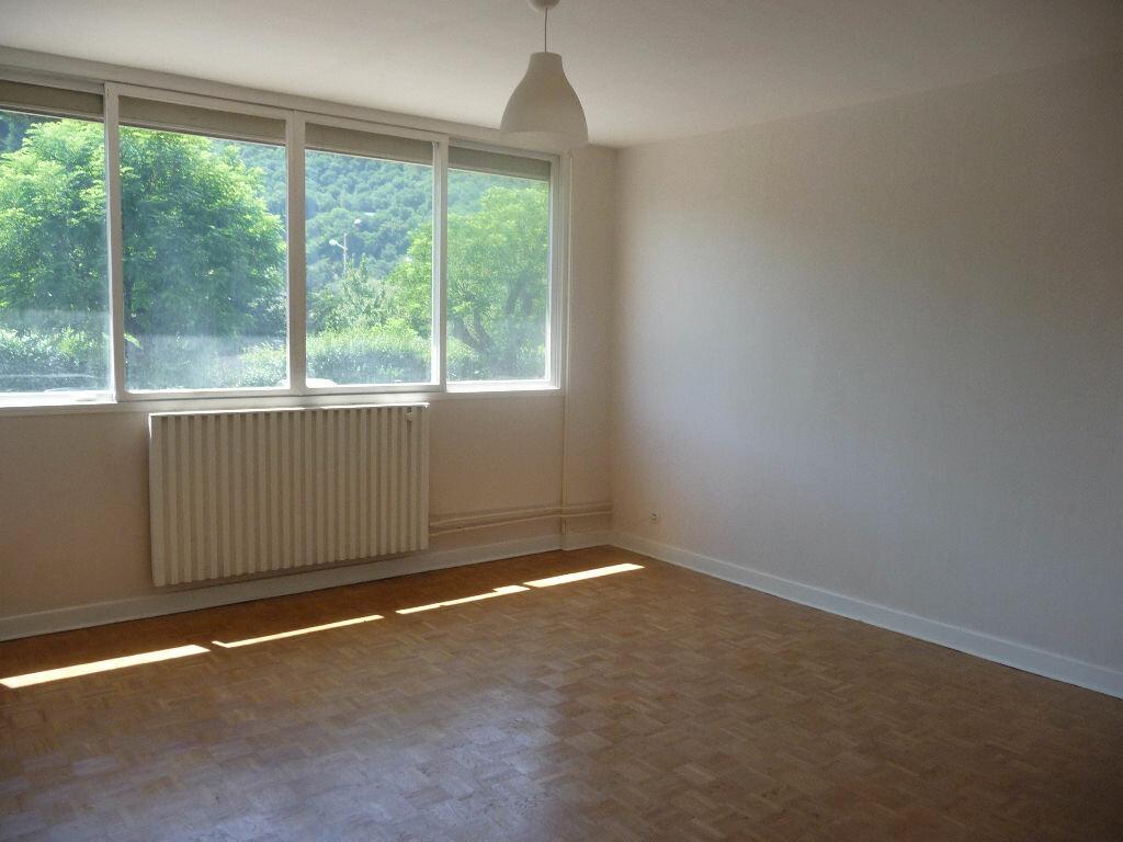 Achat Appartement 3 pièces à Seyssinet-Pariset - vignette-3